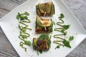 Cenas saludables - Rollitos de berenjena y humus
