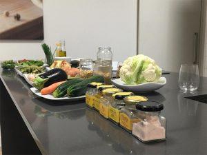 """Todo preparado para el taller """"Cenas ligeras y saludables"""" de Lady Compostela en Kitchen in Santiago"""